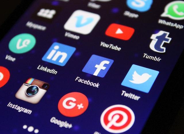 sociální aplikace