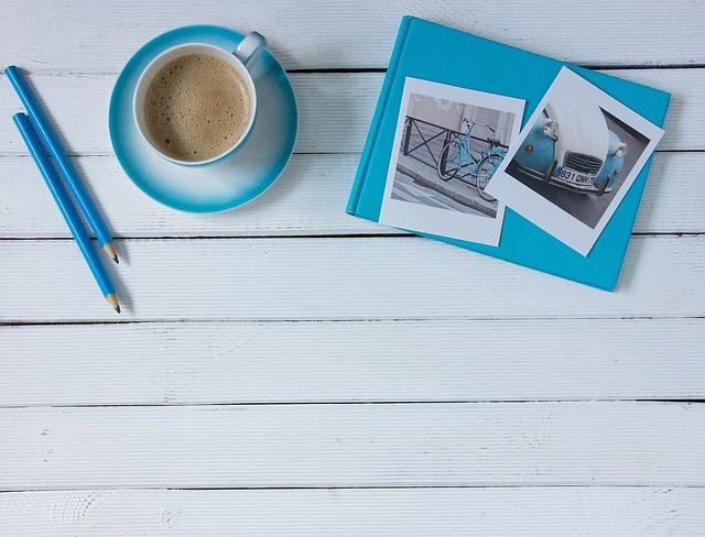 káva tužky fotografie