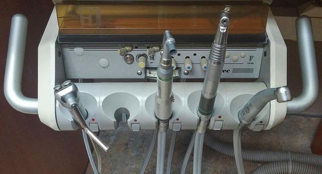 Dentální přístroje