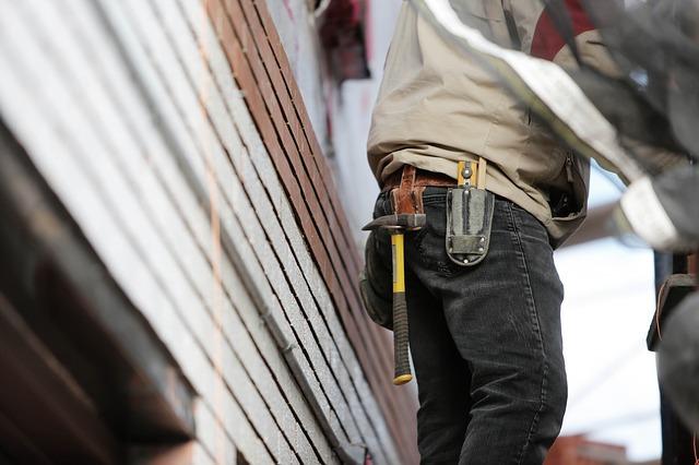 pracovník na stavbě
