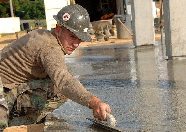 práce s betonem
